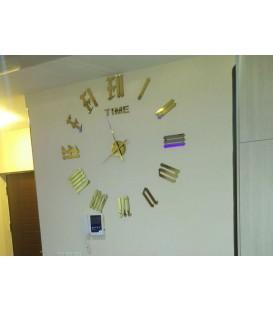 ساعت دیواری طرح لندن (طلایی)