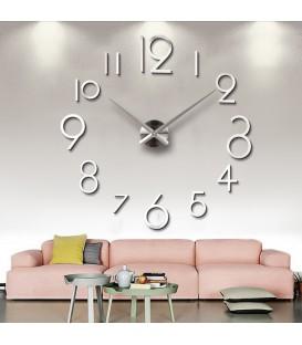 ساعت دیواری طرح لیدیا (نقره ای)