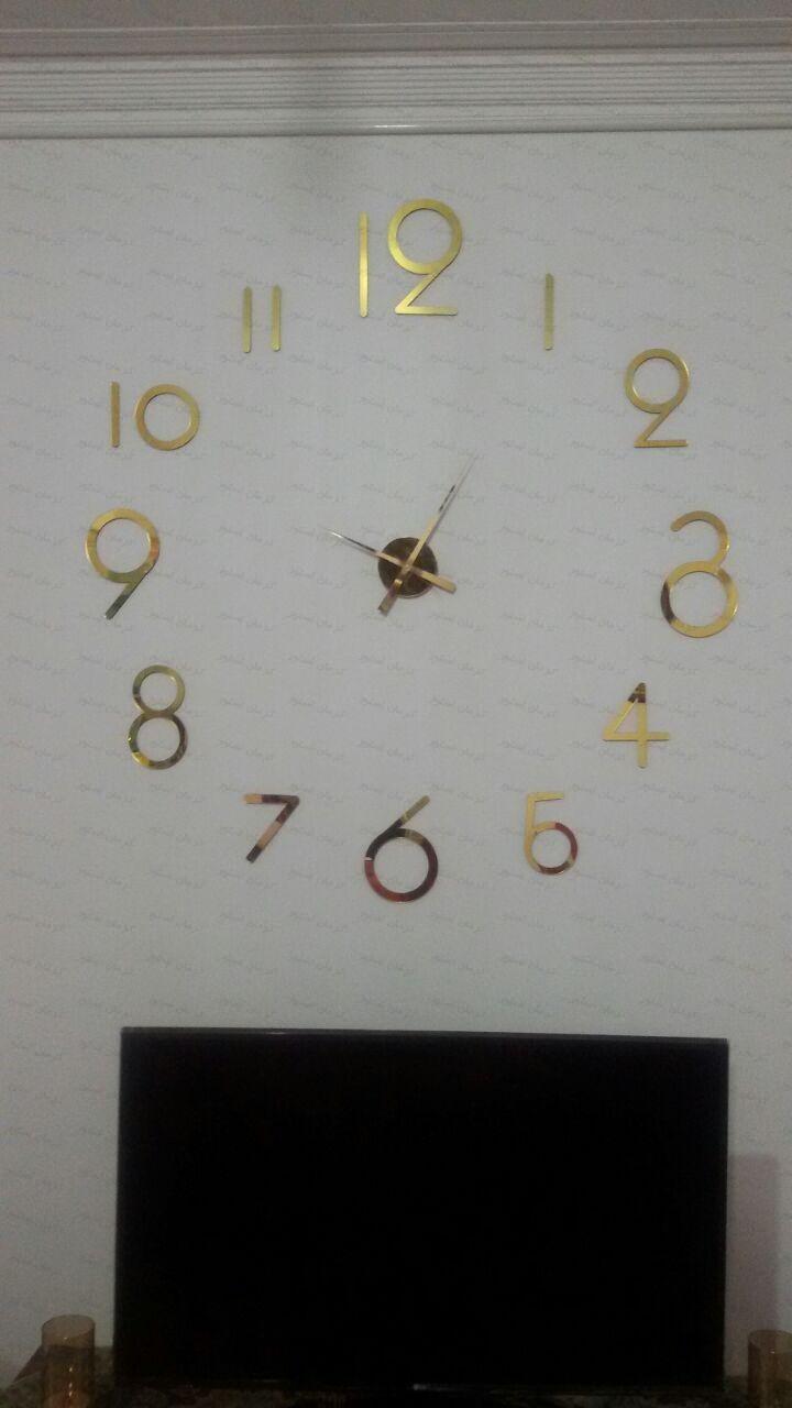 نمونه نصب شده ساعت دیواری فانتزی طرح لیدیا